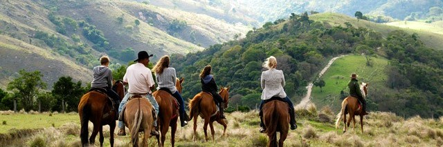 Passeio a cavalo na Fazenda Catuçaba - Parque Estadual da Serra do Mar