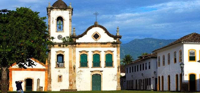 Paraty, a cidade histórica por onde passa a Trilha do Ouro