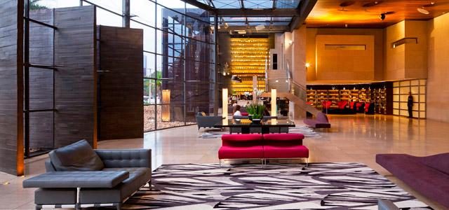Hotel Unique, em São Paulo, é considerado uma das 7 maravilhas do mundo moderno