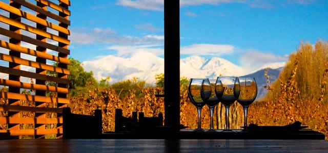 Hotel Aguamiel, em Mendoza. Aproveite as tarifas no nosso site!