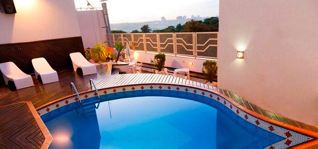A apenas 6 km de Cidade del Este, no Paraguai, reduto de compras da américa latina, está o Best Western, um excelente e bem localizado hotel em Foz do Iguaçu
