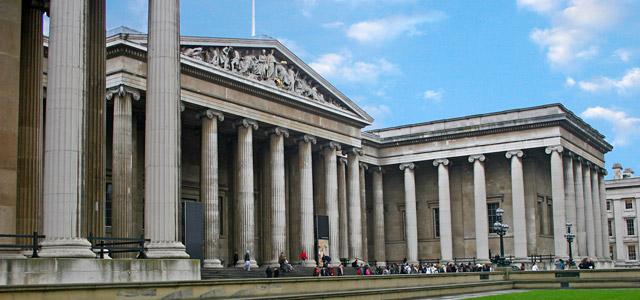 British Museum, o maior museu de Londres, possui acervo de 8 milhões de peças que contam a história da humanidade. Nossa 6ª posição na lista de pontos turísticos de Londres para se visitar