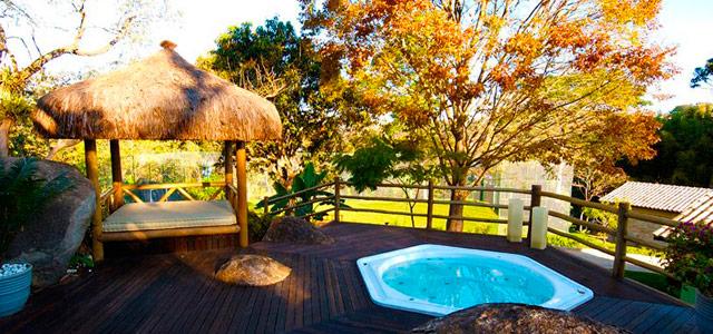 O eco resort Cheiro de Mato está perfeitamente integrado à natureza, proporcionando as melhores paisagens e passeios ecológicos