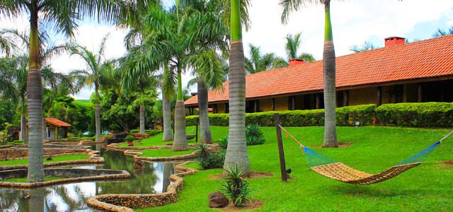 Aproveite para relaxar em um hotel fazenda em Brotas