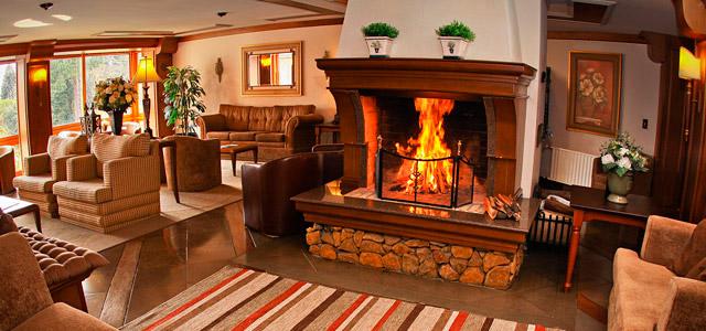 Gramado é uma das melhores indicações do Zarpo de lugares para viajar no inverno. Se hospedar no Alpestre é unir as belezas da cidade ao conforto