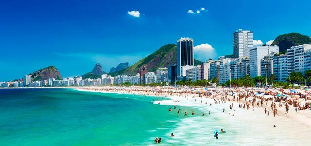 Cidade Maravilhosa, cheia de encantos mil! E uma estada no Copacabana Palace enriquecerá sua experiência de viagem