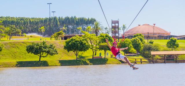 Atividades para diversão no Blue Tree Park Lins