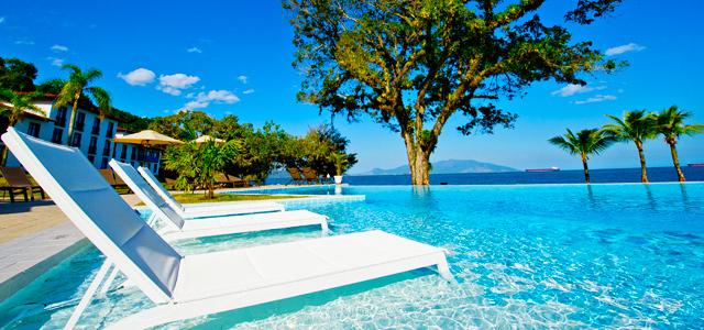 As maravilhosas piscinas para você se esbaldar no Club Med Rio das Pedras