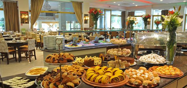 Café da manhã no Mavsa Resort