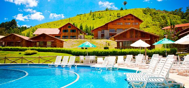 Uma das muitas piscinas do Le Canton