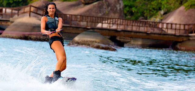 Esportes aquáticos no Club Med Rio das Pedras