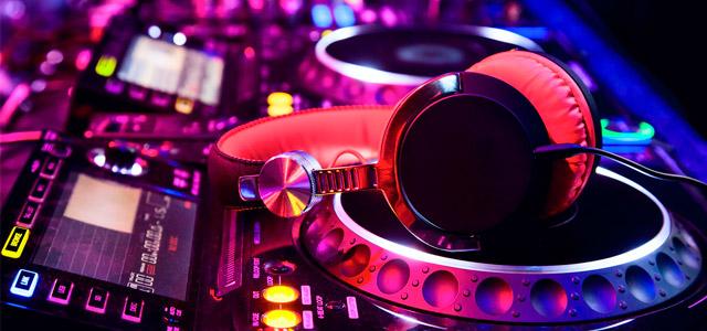 Baladas em Campos do Jordão - Fire Up Bar Lounge