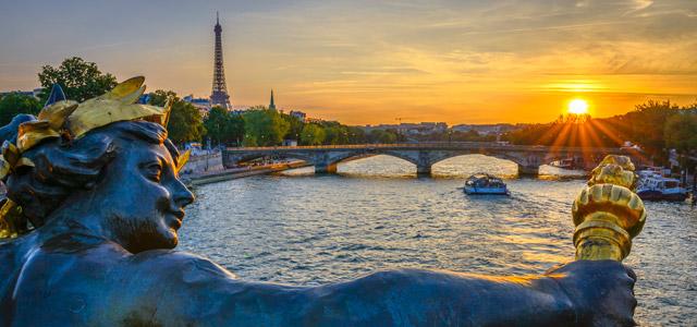 Não perca o pôr do sol durante sua viagem para Paris