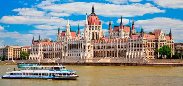 Passeio de barco em Budapeste - Europa central