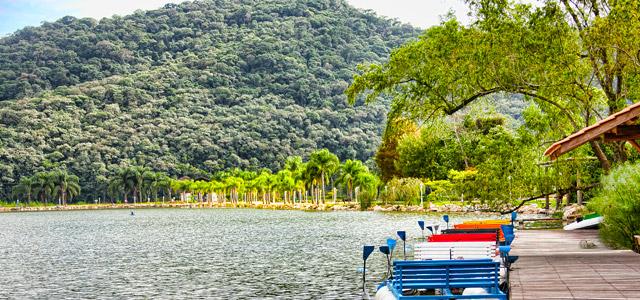 Lago no Fazzenda Park Hotel: diversão garantida