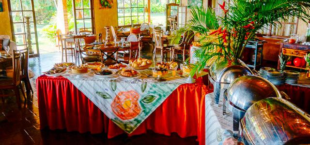 Café da manhã - Hotel Ponta do Madeiro