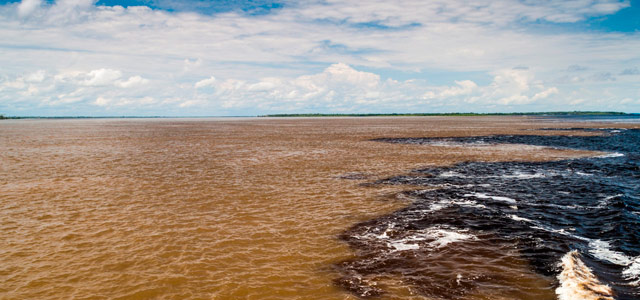 Manaus - Rio Negro e Rio Amazonas