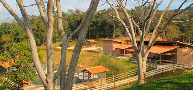 Tauá Resort Caeté - Fazendinha do Toninho Cowboy