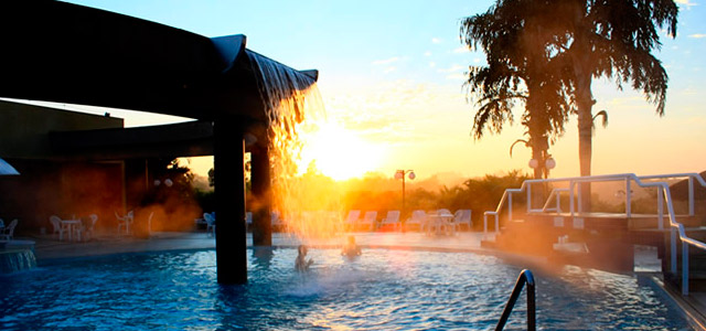 piscina-Thermas-Grand-Resort-zarpo-magazine