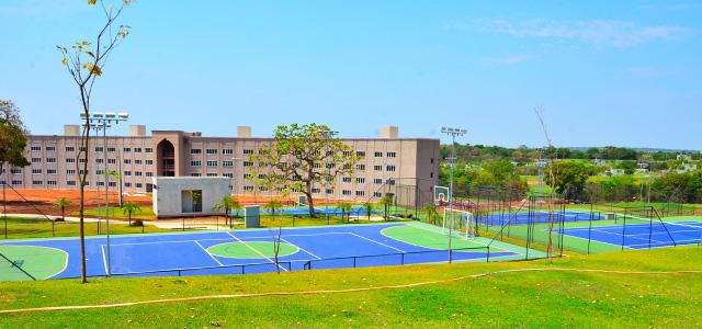 quadra-de-tenis-Malai-Manso-Resort-zarpo-magazine