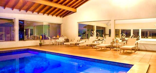 piscina-aquecida-Resort-da-Ilha-zarpo-magazine