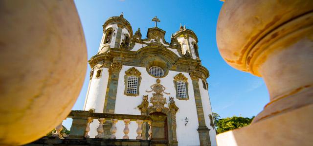 sao-joao-del-rei-igreja-sao-francisco-de-assis-Minas-Gerais-zarpo-magazine