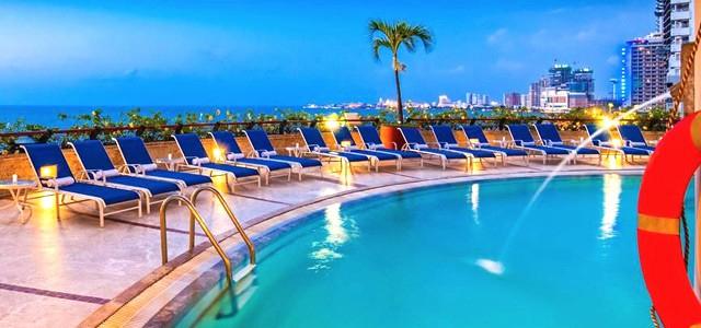 Hotel Almirante Cartagena e Panama no Riu Plaza Panama