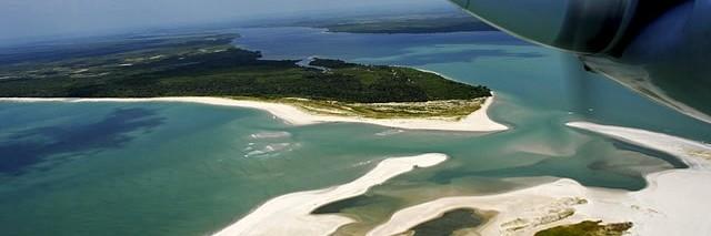 Kiaroa - Piscinas naturais vista aérea