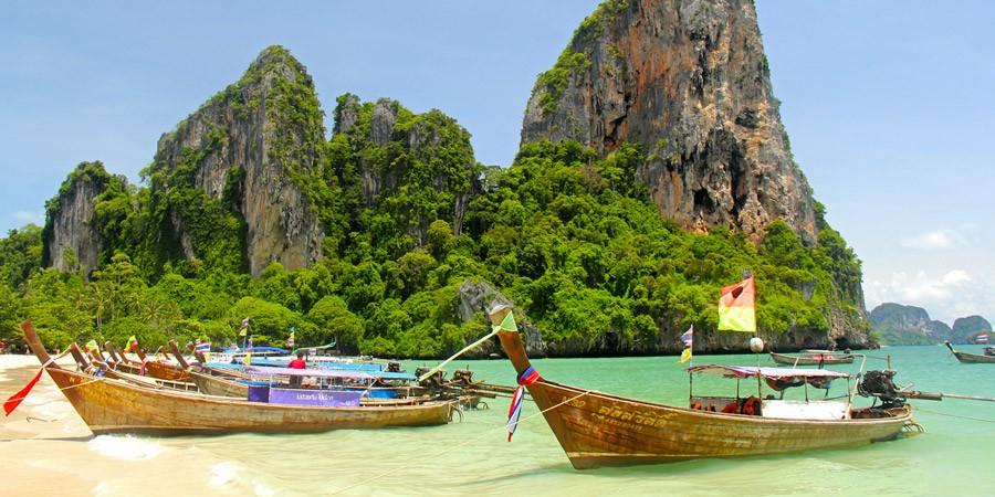 Phuket, a ilha tailandesa para pombinhos e corujinhas