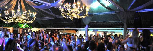 Casa noturna no Café de La Musique, em Santa Catarina