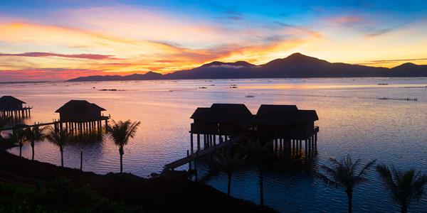 Pôr do sol visto do Vedana Lagoon