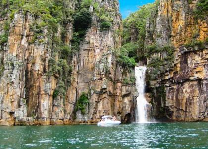 Minas Gerais e seu Bem Mais Precioso: O Lago de Furnas