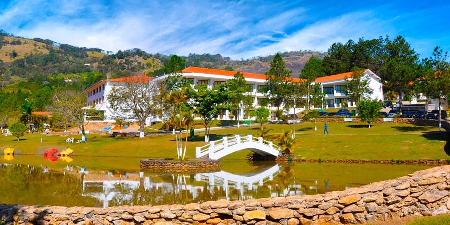 Na tranquila Itapeva o Vale Suíço Resort é pura animação!