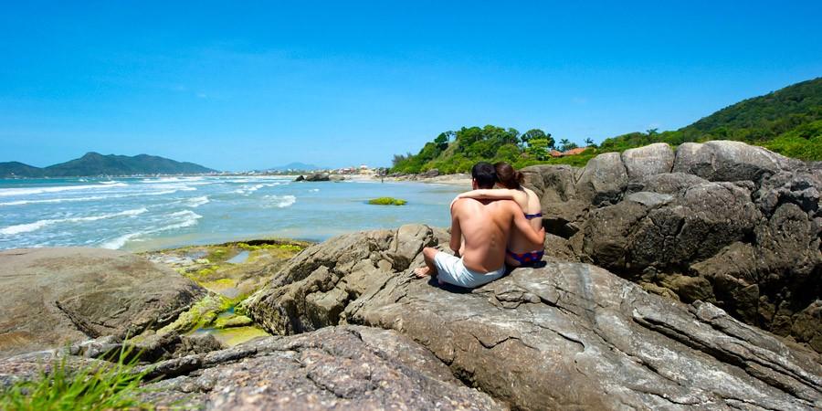 Um mergulho na Ilha da Magia: As melhores Praias de Floripa!