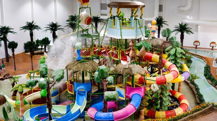 Parque aquático indoor do Tauá Atibaia Resort
