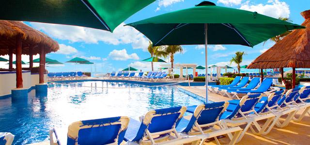 Cancun sem preocupação com transporte, estadia e refeições? O Zarpo ouviu você, caro viajante, e criou o Pacote Cancun All Inclusive para que você se preocupe apenas com a cor da sua roupa de banho!