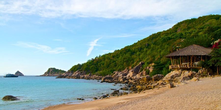 Praia de Camburi: Belos cenários, boa gastronomia e muito surf no litoral paulista!
