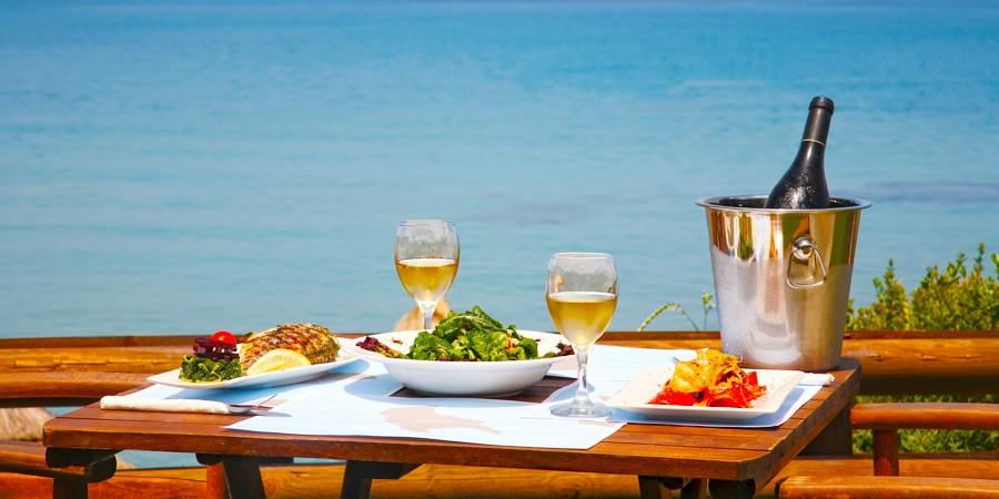 Restaurantes em Ilhabela: O melhor do mar e do mundo para o seu prato!