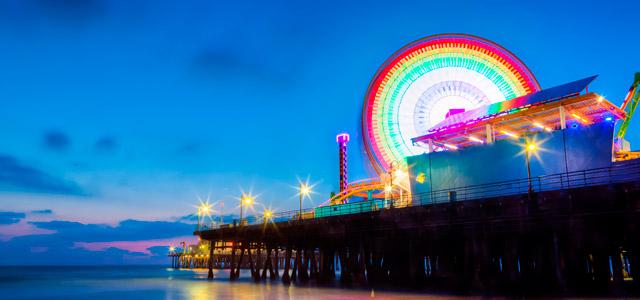 O Píer de Santa Mônica abriga a roda gigante mais antiga da Costa Oeste. No pacote Las Vegas você poderá visitá-la pessoalmente e se encantar com sua história e beleza