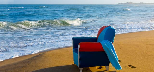 Areias branquinhas e água cristalina não é exatamente o que você vai encontrar em Punta del Diablo. Mas beleza com as praias selvagens, cuja vegetação invade as areias...ah, com isso sem dúvida você vai se admirar