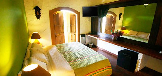Hotel Serraverde: quase um Hotel Fazenda no interior de SP, pois está a apenas 250 km da capital. Detalhes que remetem aos casarões coloniais dão um charme especial para essa estada que promove aulas de equitação, passeios de charrete e contato permanente com a natureza