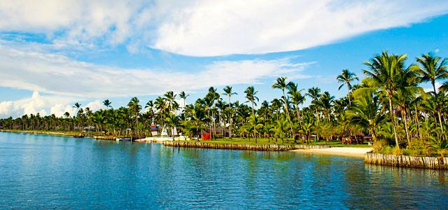A vista aérea da Ilha de Comandatuba impressiona turistas e nativos da região