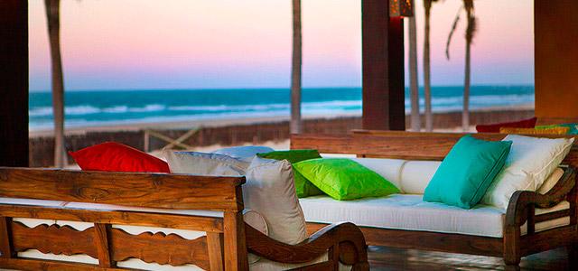Zorah Beach: atmosfera romântica como presente para o dia dos namorados