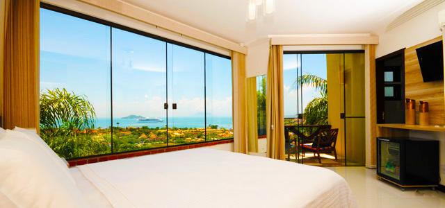 Costa do Sol: vista panorâmica garante a estada mais marcante entre os hotéis em Búzios