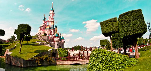A Disney Paris espera por você! O Zarpo tem o pacote perfeito para a sua viagem. Confira!