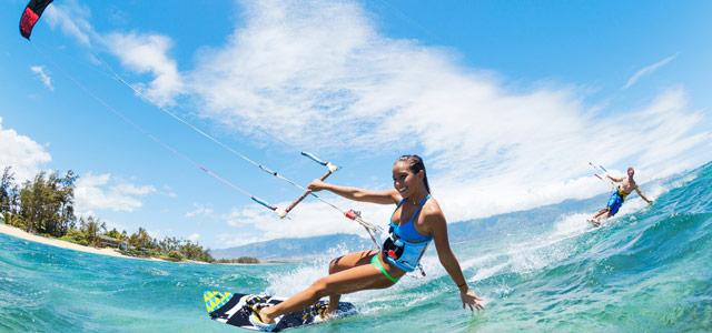 A praia de Cumbuco é uma das melhores para a prática de Kitesurf