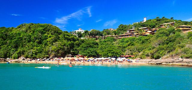 A Búzios de Brigitte Bardot está na nossa lista de lugares do Rio de Janeiro para conhecer
