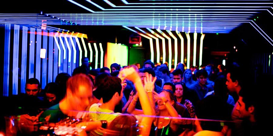 Baladas em São Paulo: LET THE PARTY ROCK!