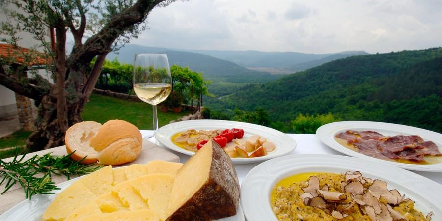 Restaurantes em Canela: Descubra 4 imperdíveis!