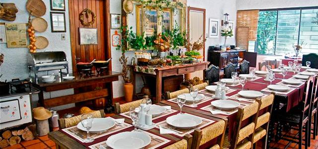 Para apreciar a melhor polenta de Canela conheça a Cantina 28. Sem dúvida uma excelente pedida entre muitos restaurantes em Canela